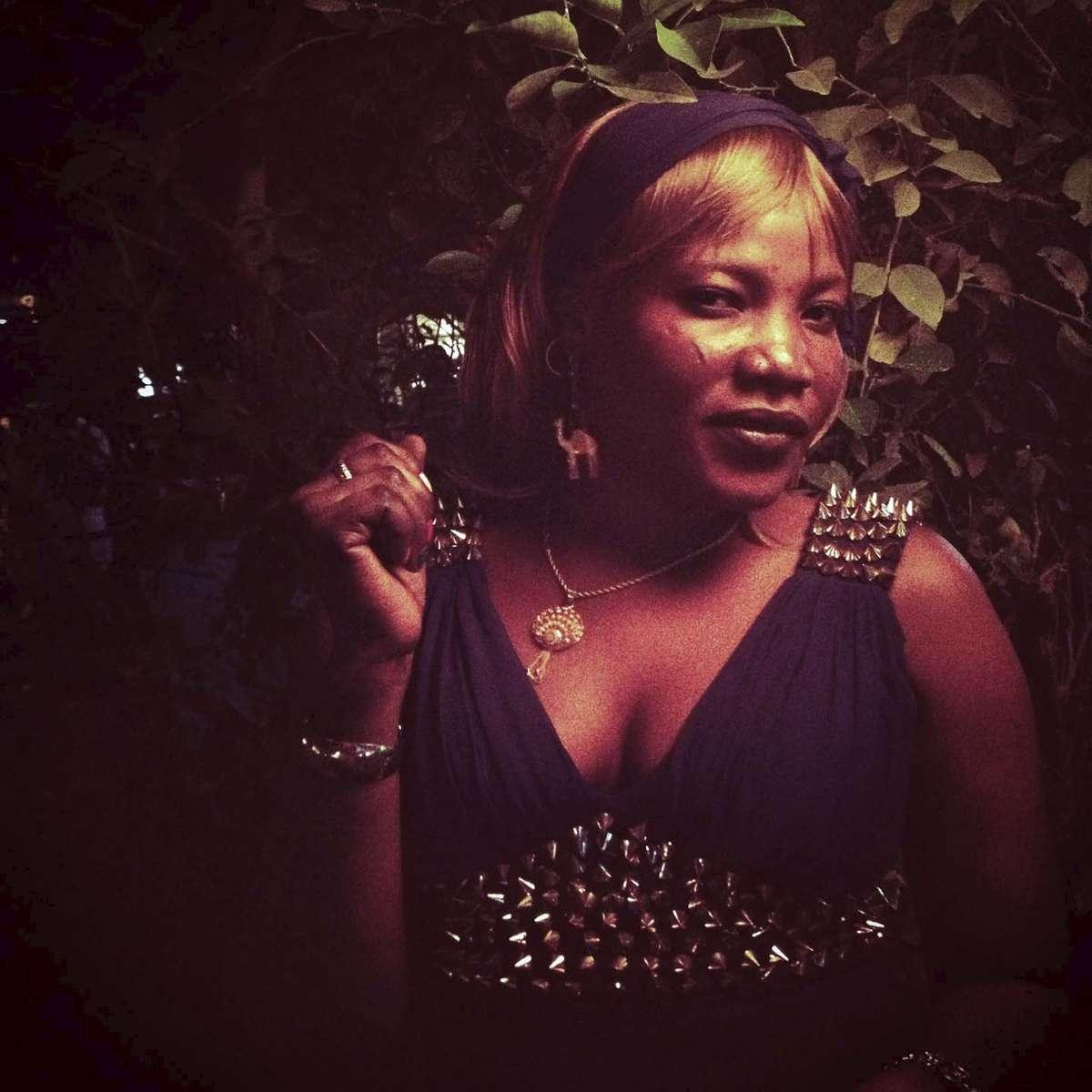 Restaurant hostess in N\'Djamena, Chad. November 2013.