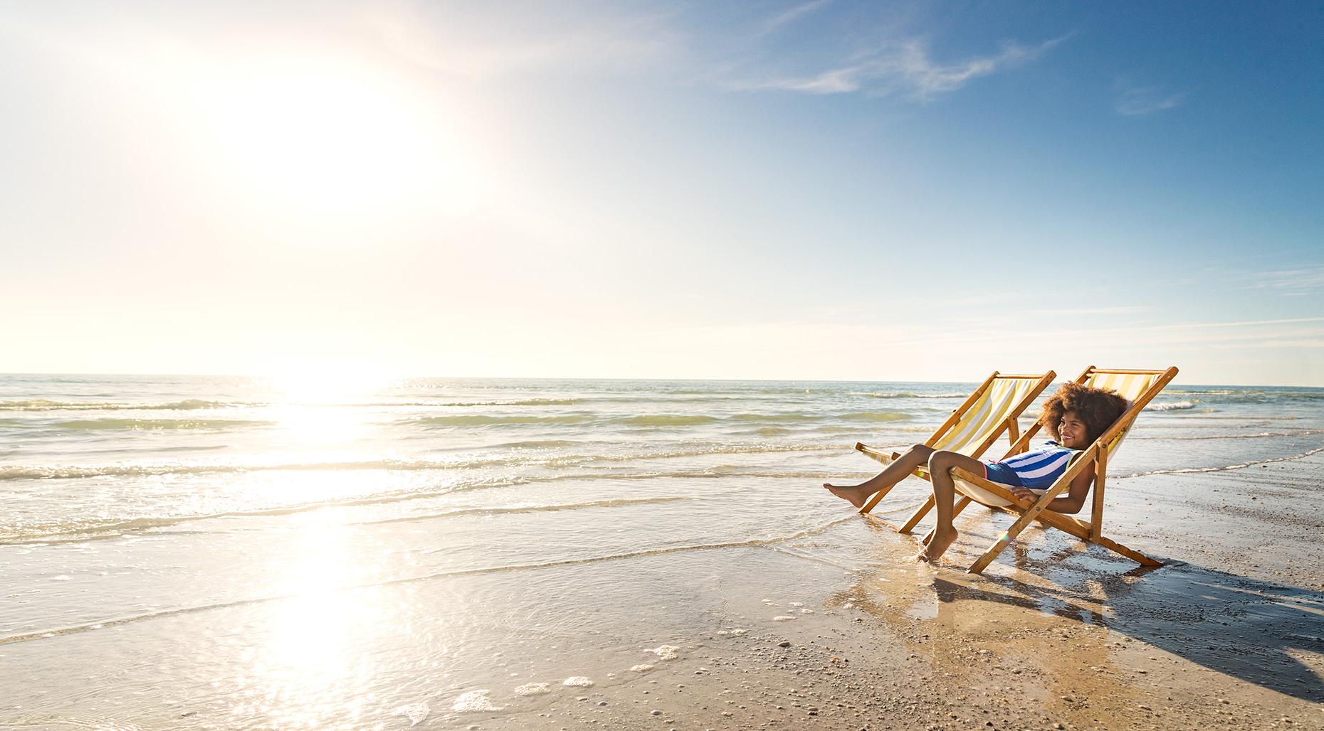 GKamper_Beach_LoungeChair_AA_Girl_Day5_24873-1