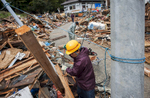 Volunteers form Tokyo work tierlessly all day, Hamagurihama in Ishinomaki, Miyagi prefecture.