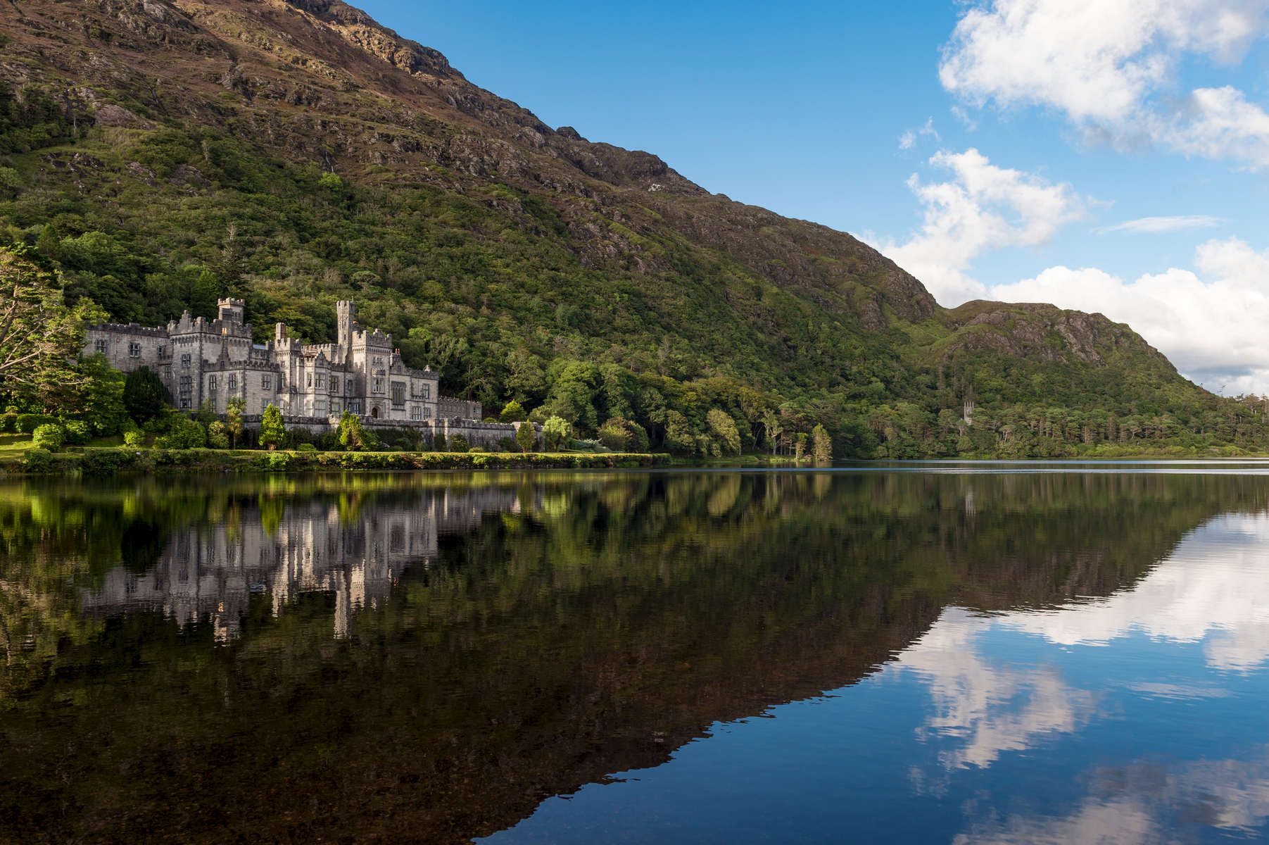 Kylemore Abbey, Connemara, County Galway, Ireland.