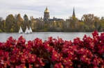 St. Joseph's Lake with Golden Dome. (Photo by Barbara Johnston/University of Notre Dame)