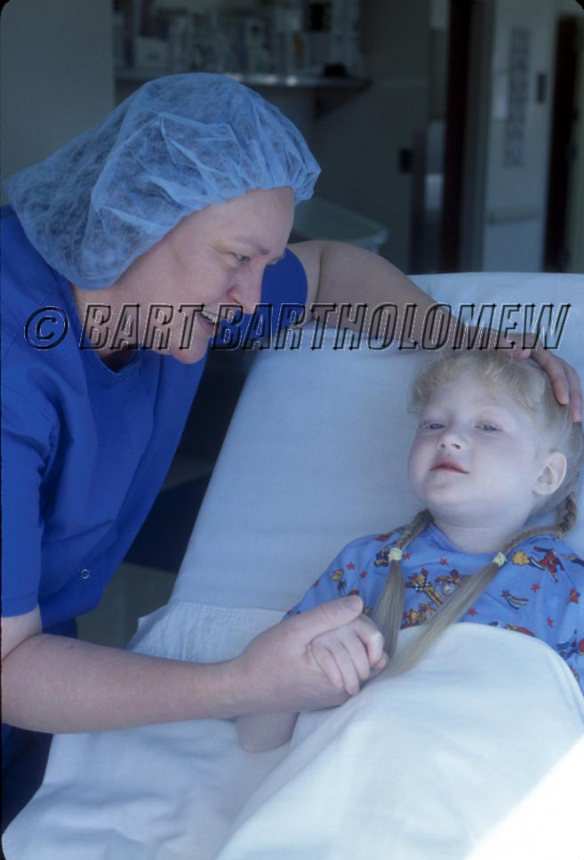 Dr_and_child