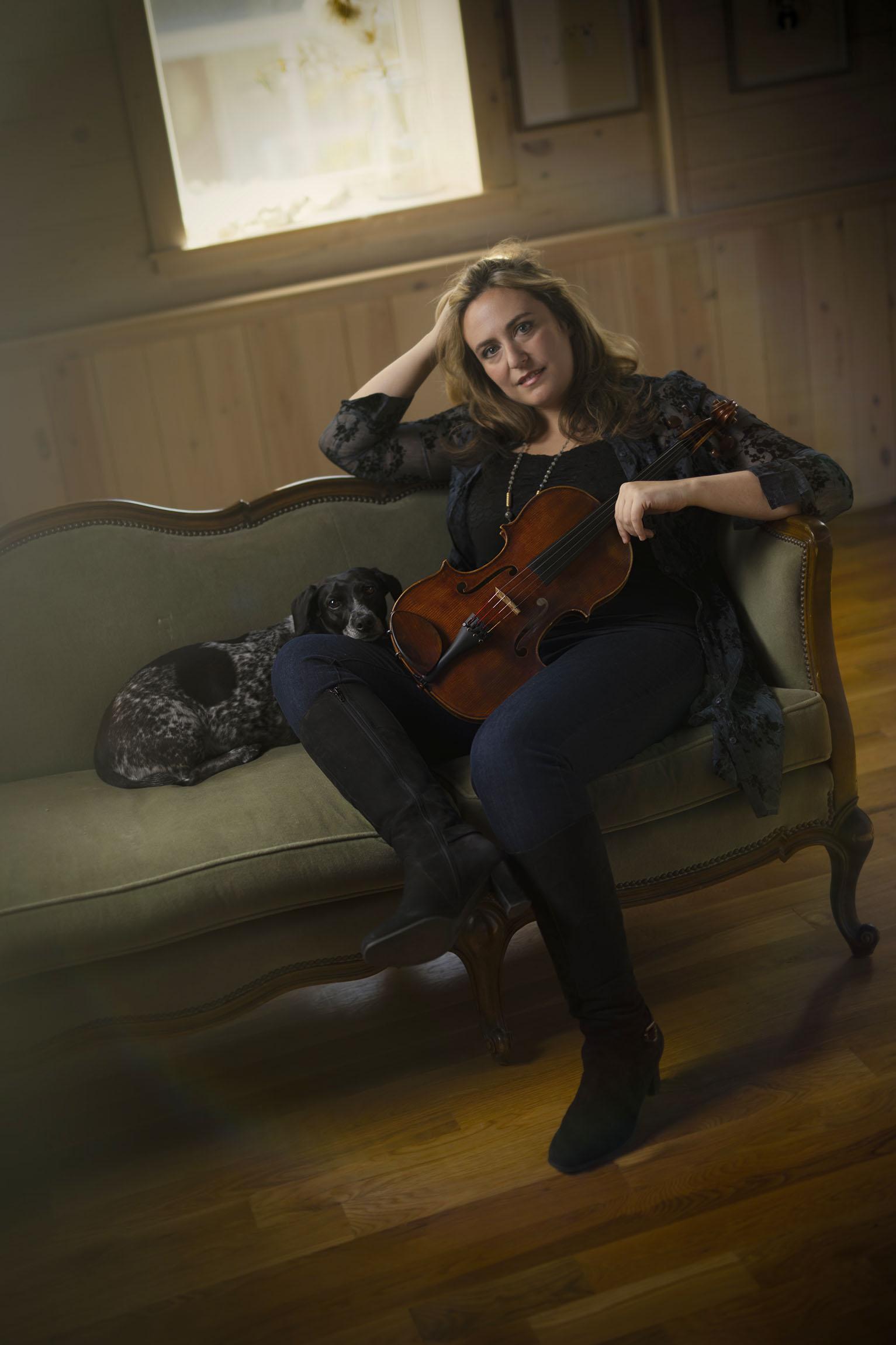 Portrait of Kansas City Symphony's principal violist, Christine Grossman.