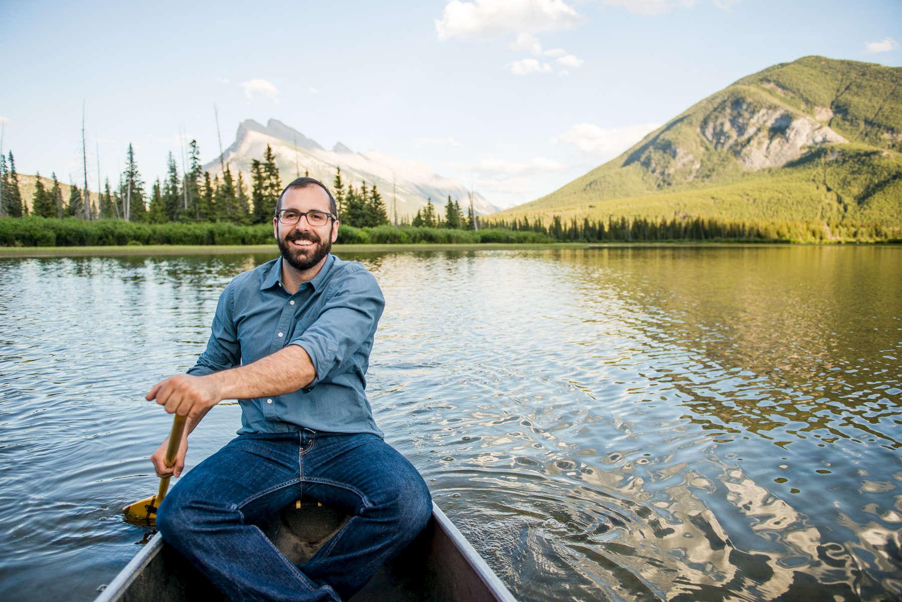 Banff-Engagement-Session-Canoe-086