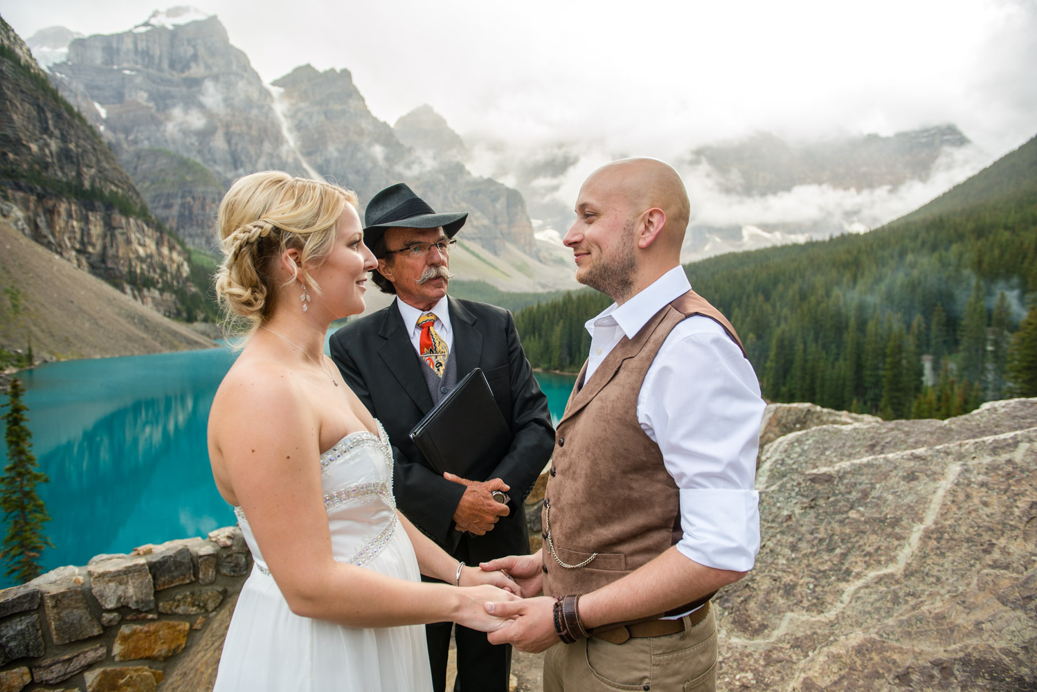 Moraine-Lake-Elopement-011