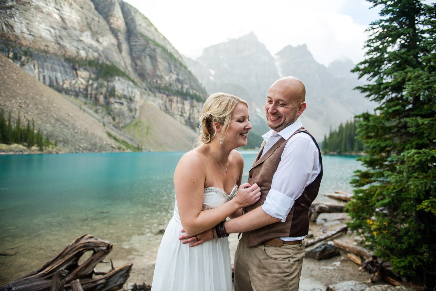 Moraine-Lake-Elopement-024