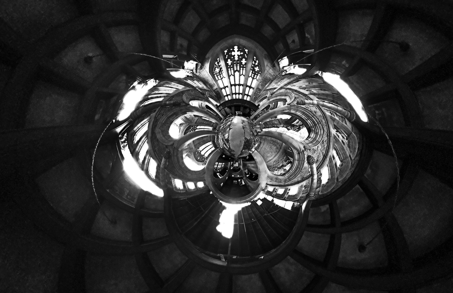_web_bw_stereographic_down_number_4_Panorama-1
