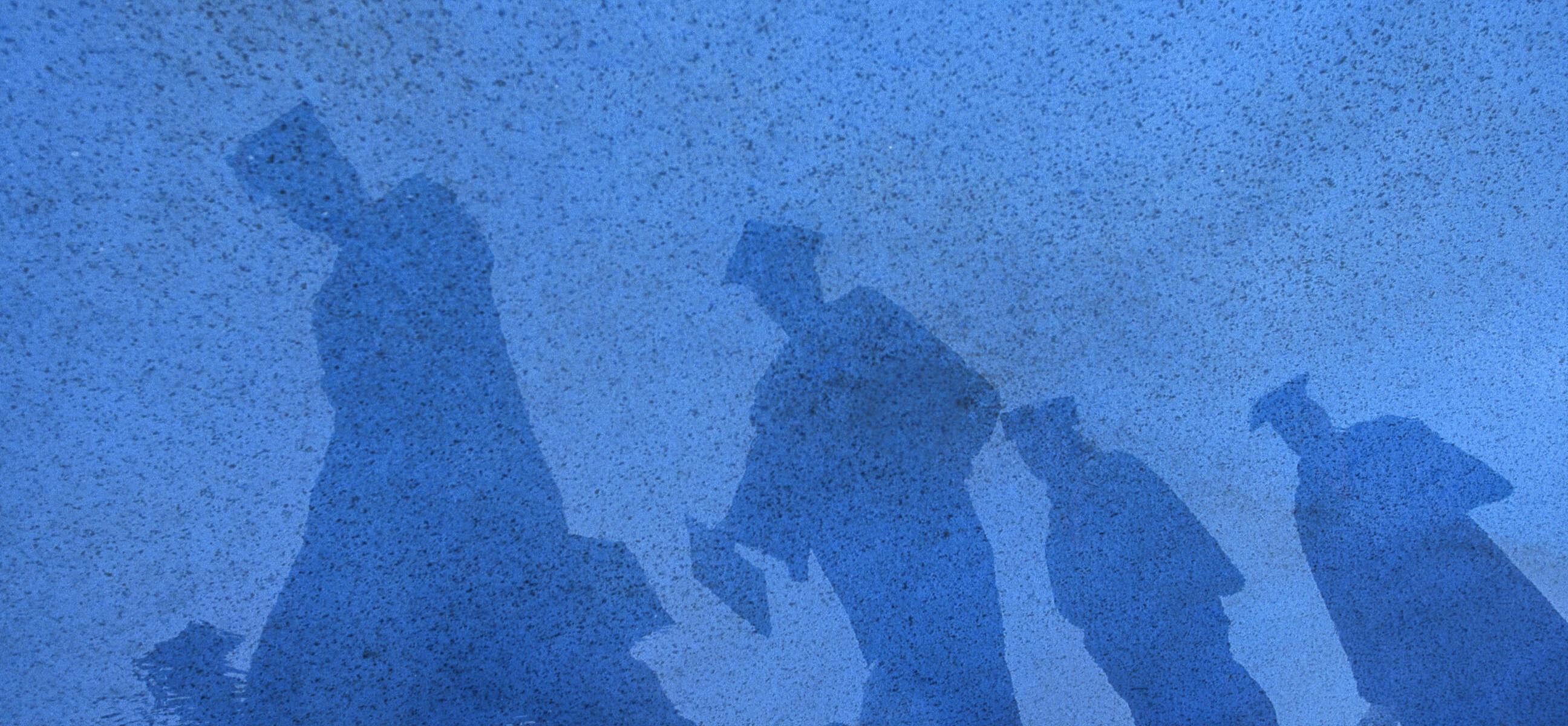 Graduation-shadows