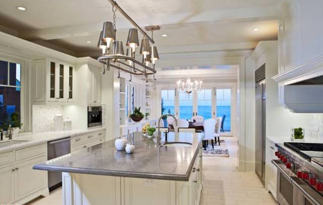 119_Malibu_Colony_kitchen
