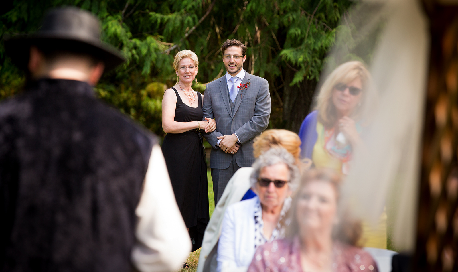 The wedding of Genevieve & Andrew at Lake Crescent Lodge near Port Angeles, Washington. (Photo by Scott Eklund /Red Box Pictures)