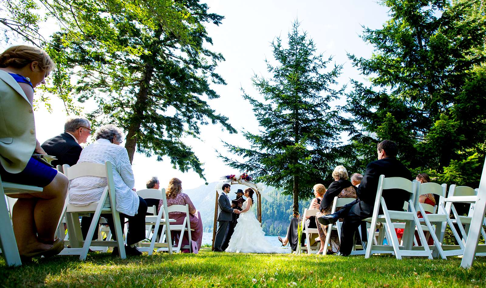 The wedding of Genevieve & Andrew at Lake Crescent Lodge near Port Angeles, Washington. (Photography by Scott Eklund /Red Box Pictures)