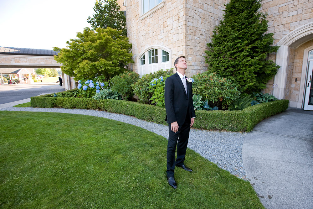 Scott waits to see his bride for the first time on their wedding day at the Golf Club at Newcastle near Seattle. (Photography by Scott Eklund/Red Box Pictures)
