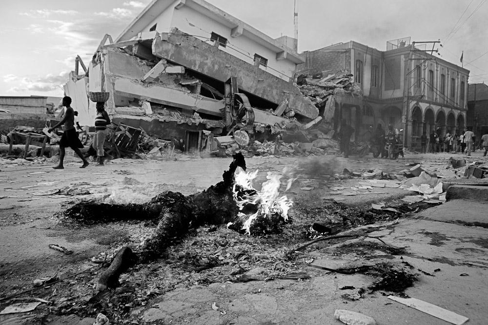 Levitch_20100120_Haiti-earthquake_1227