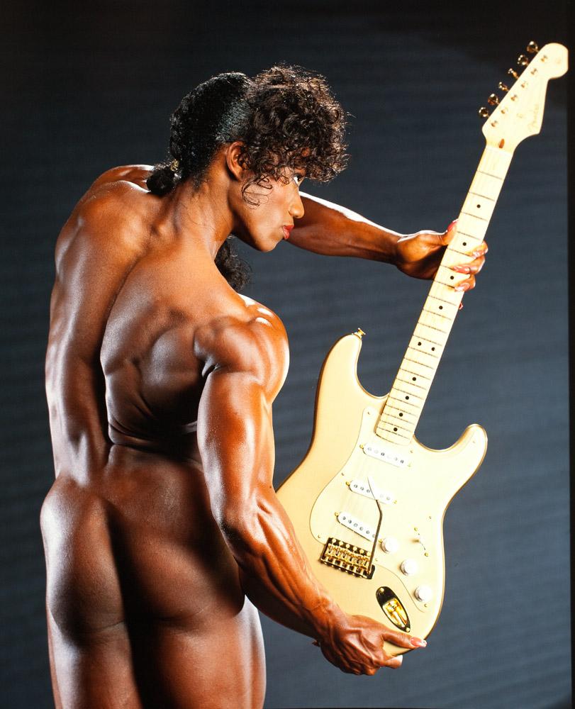 Lenda_Murray-guitar