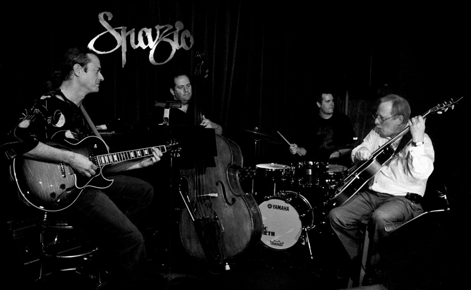 w/ JOHN BELZAGUY - JIMMY BRANLEY - BARRY ZWEIG© Bob Barry 2007