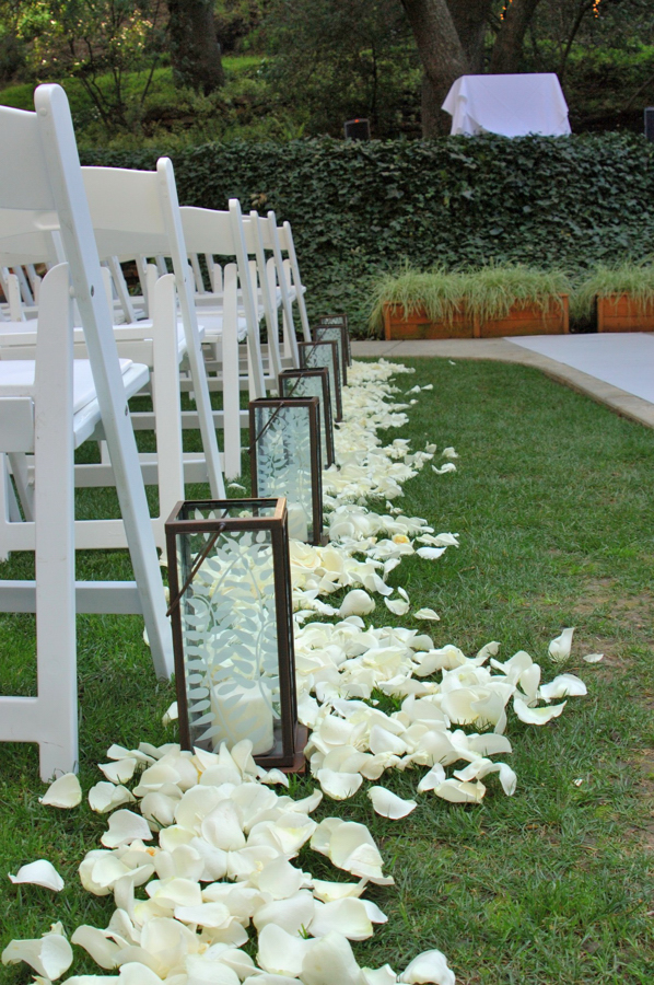 Aisle Decor: Ceremony: My Wedding Blooms