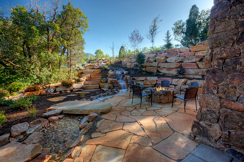 2918-04_Water_Feature_fm_lower_patio