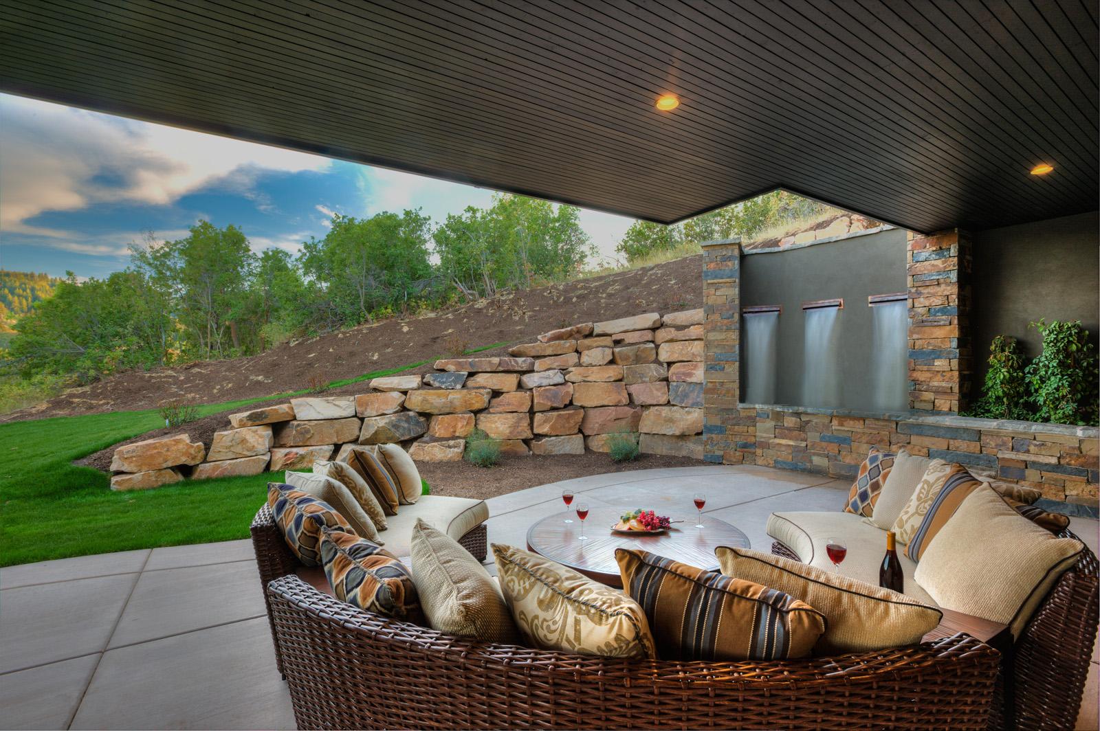 3311-15__E0E9888_patio_with_waterfalls