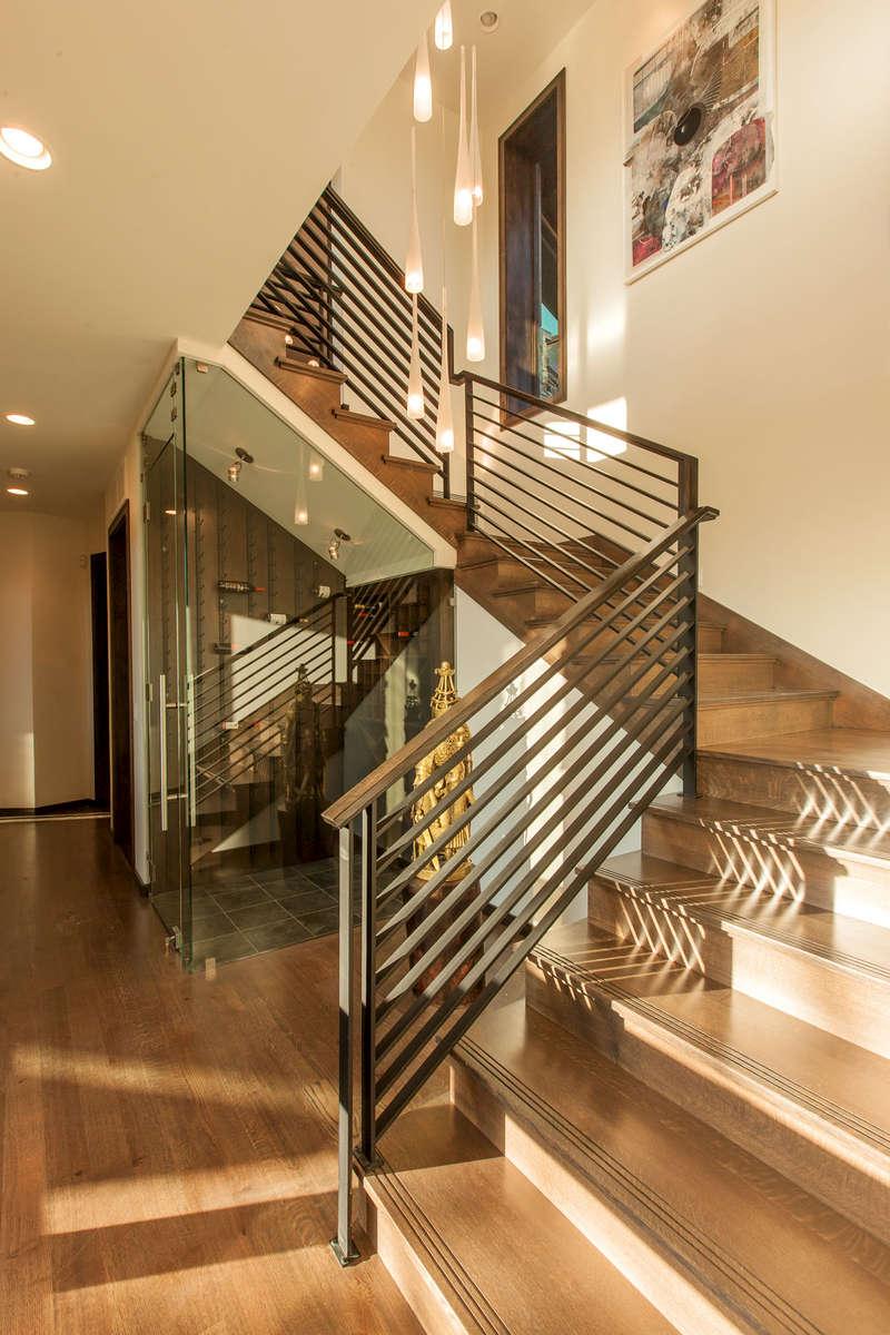 Conrad-3403-19_E0E9349-3-Stairs-and-wineroom