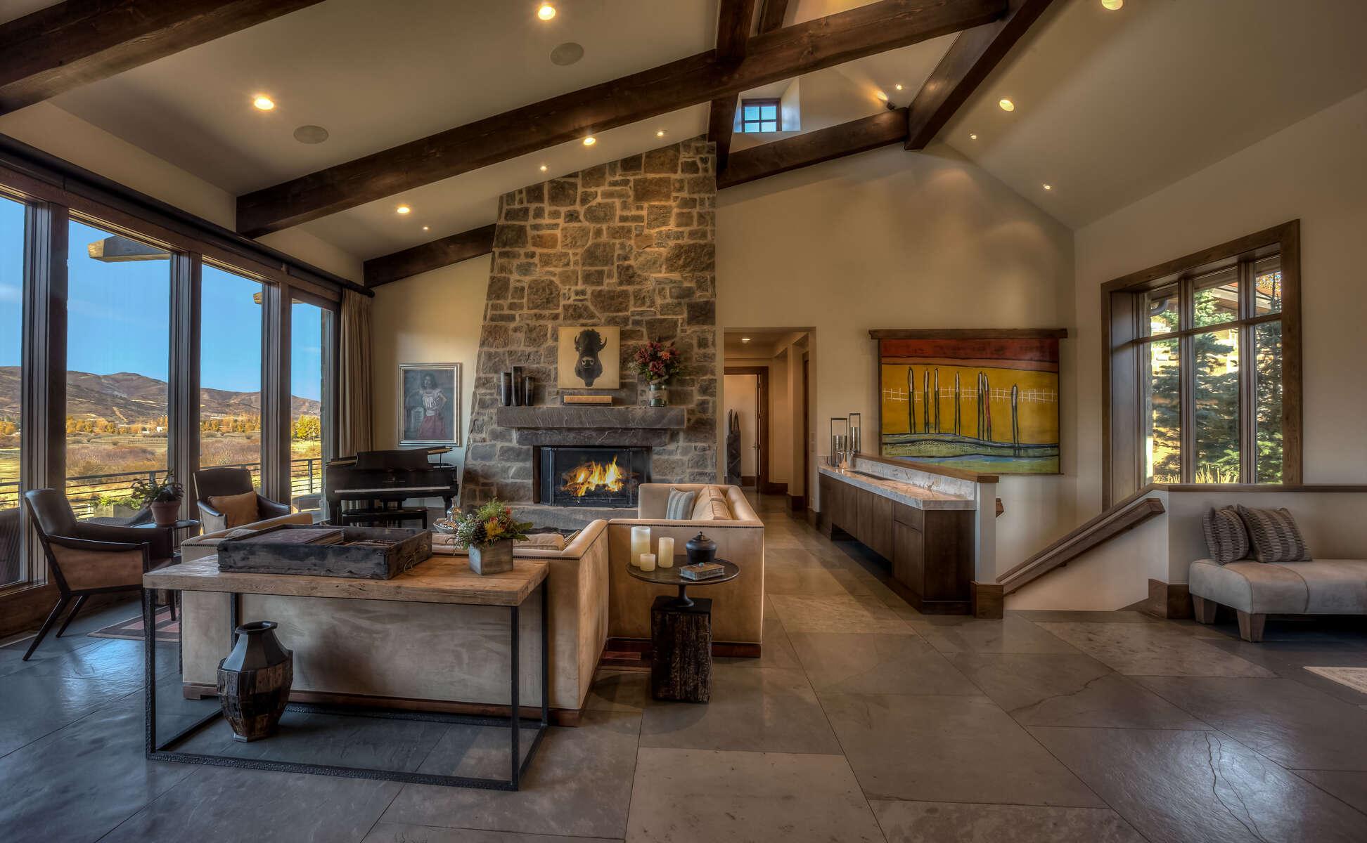 Hadley-3410-08-_E0E0125_Living-Room-to-Fireplace-2-Pano