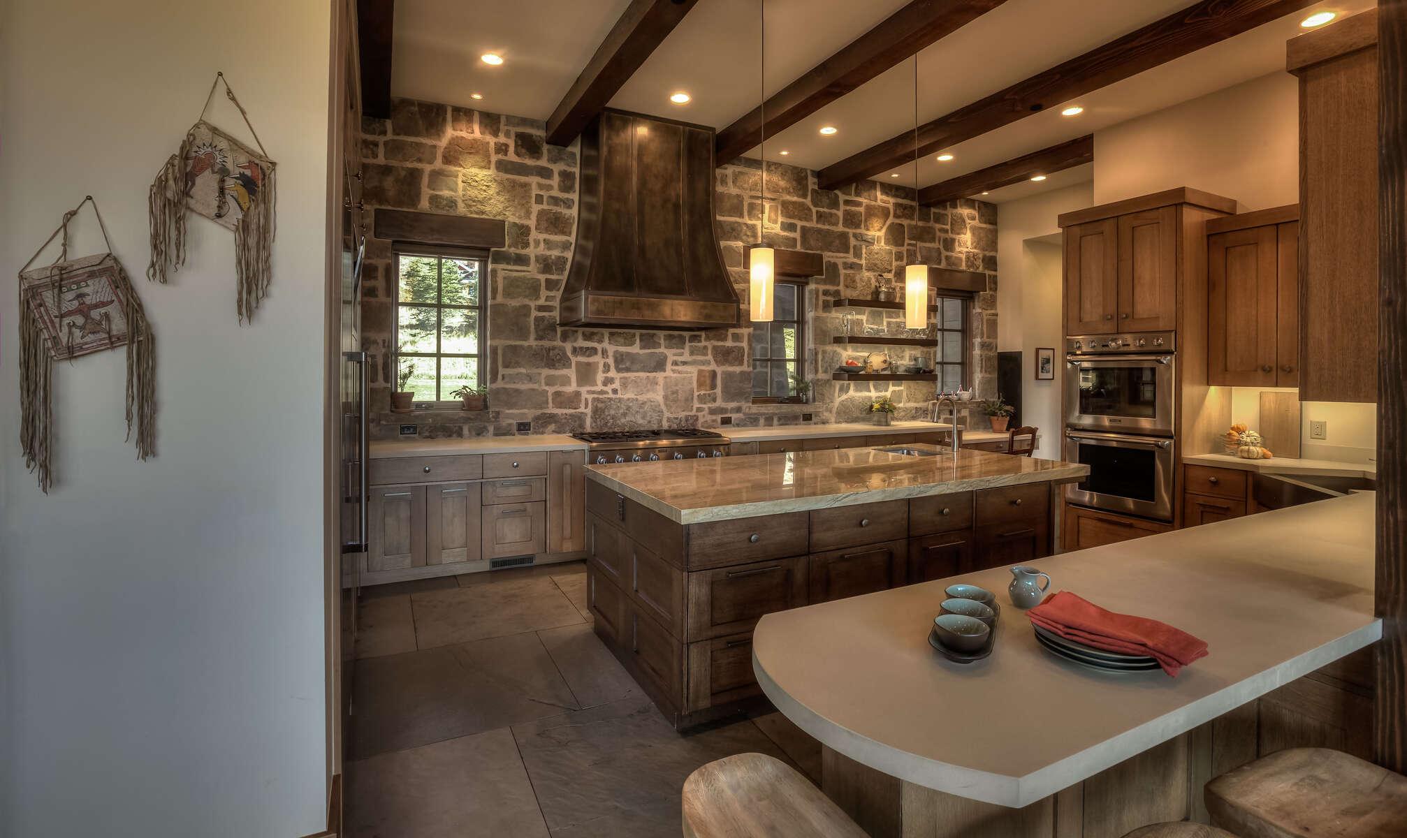 Hadley-3410-11-_E0E0143_Kitchen