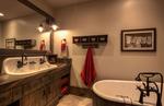 Hadley-3410-16-_E0E0187_Cowboy-Bathroom