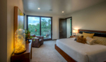 Nick-Knight-Home-3708-9_E0E7127_Master-Bedroom