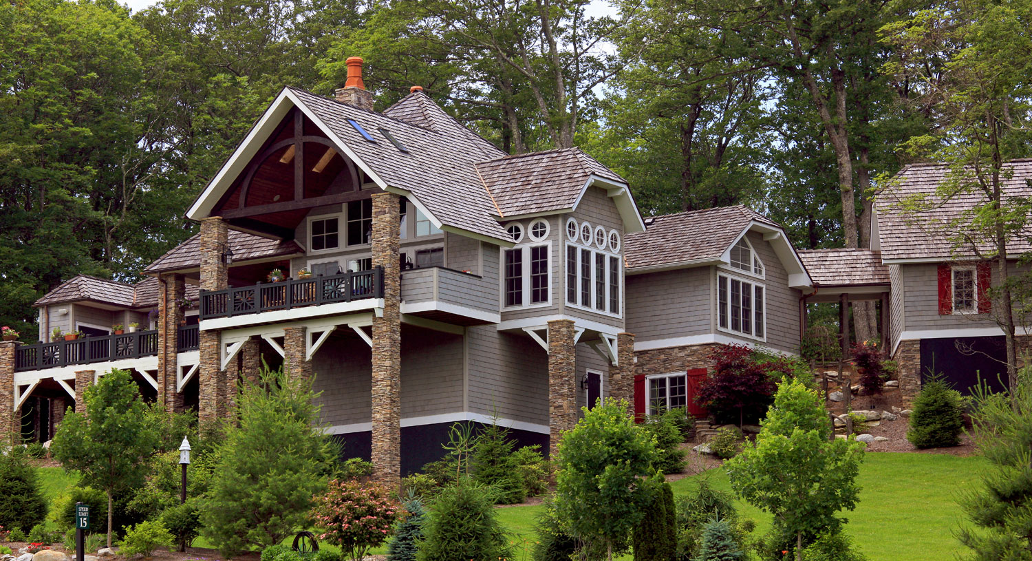 Exterior of custom designed home by Pavelchak Architecture in Blowing Rock, North Carolina, near Boone.