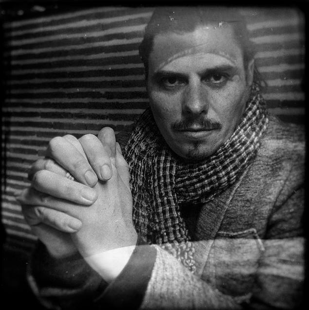 Simon-Retrato-1web-about
