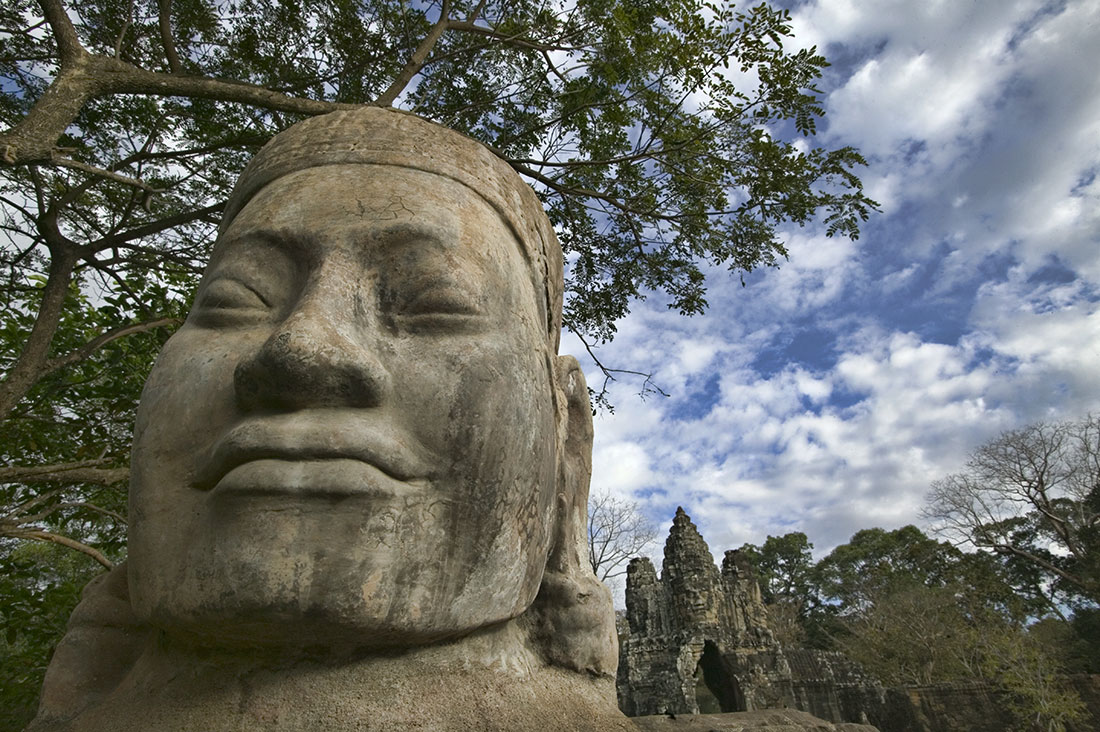 Angkor Thom, the last capital of the Angkorian empire