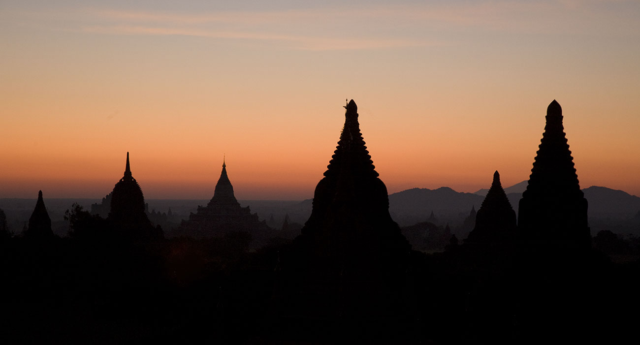 the temples of pagan at sunrise