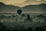 Burma_best_029_bagan_balloons