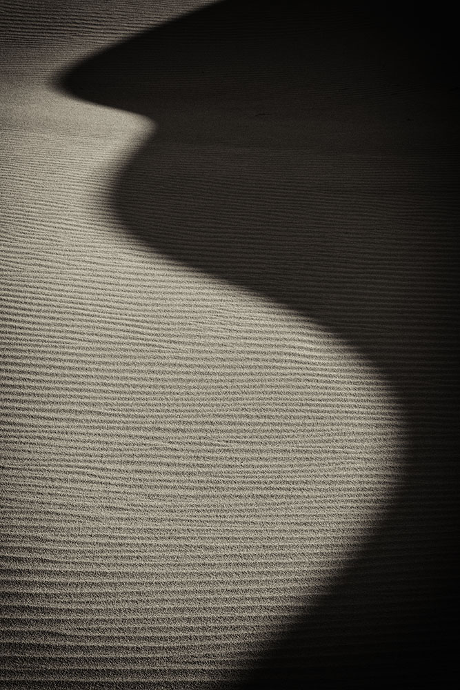 the amazing shadows of the Mesquite sand dunes