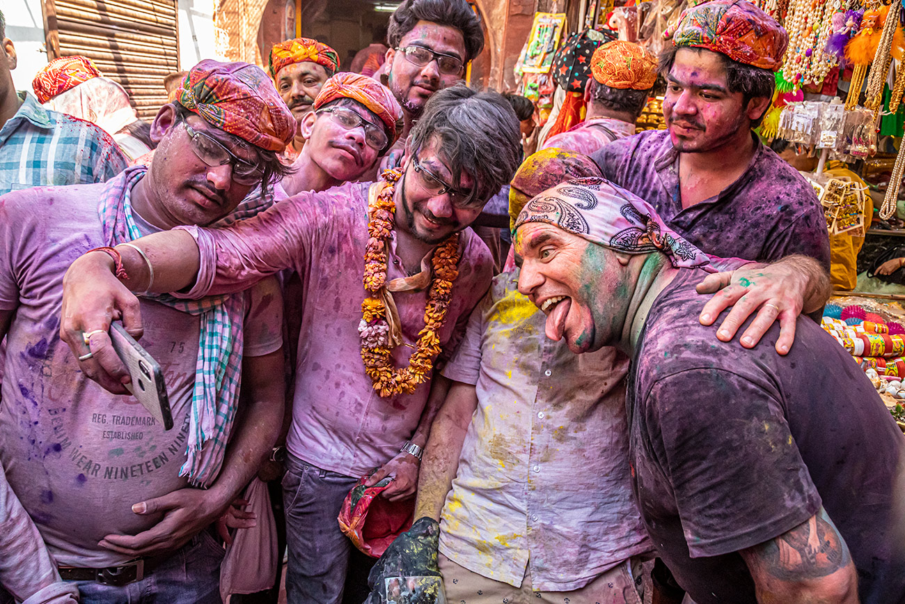 India_workshop_2019_holi_festival_202