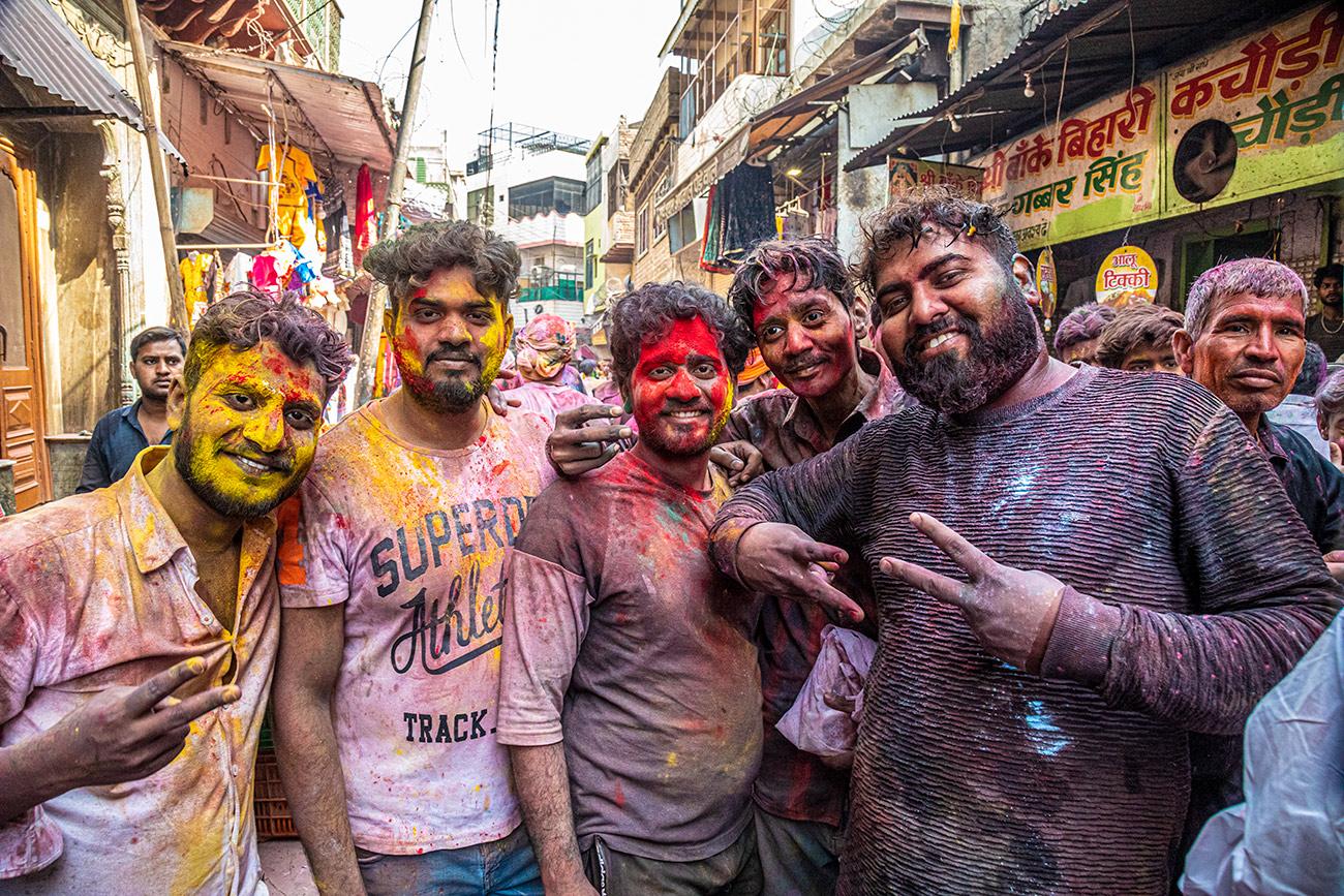 India_workshop_2019_holi_festival_208