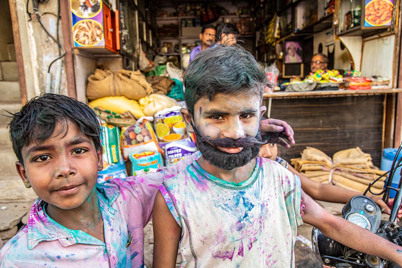 India_workshop_2019_holi_festival_210