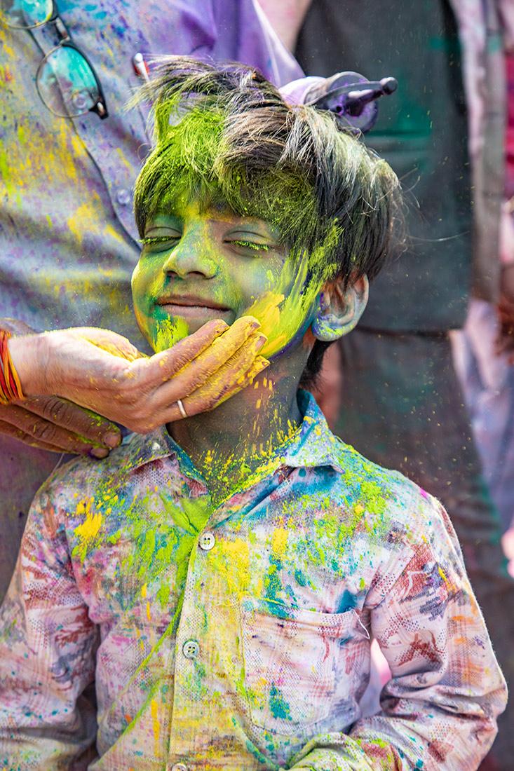 India_workshop_2019_holi_festival_215