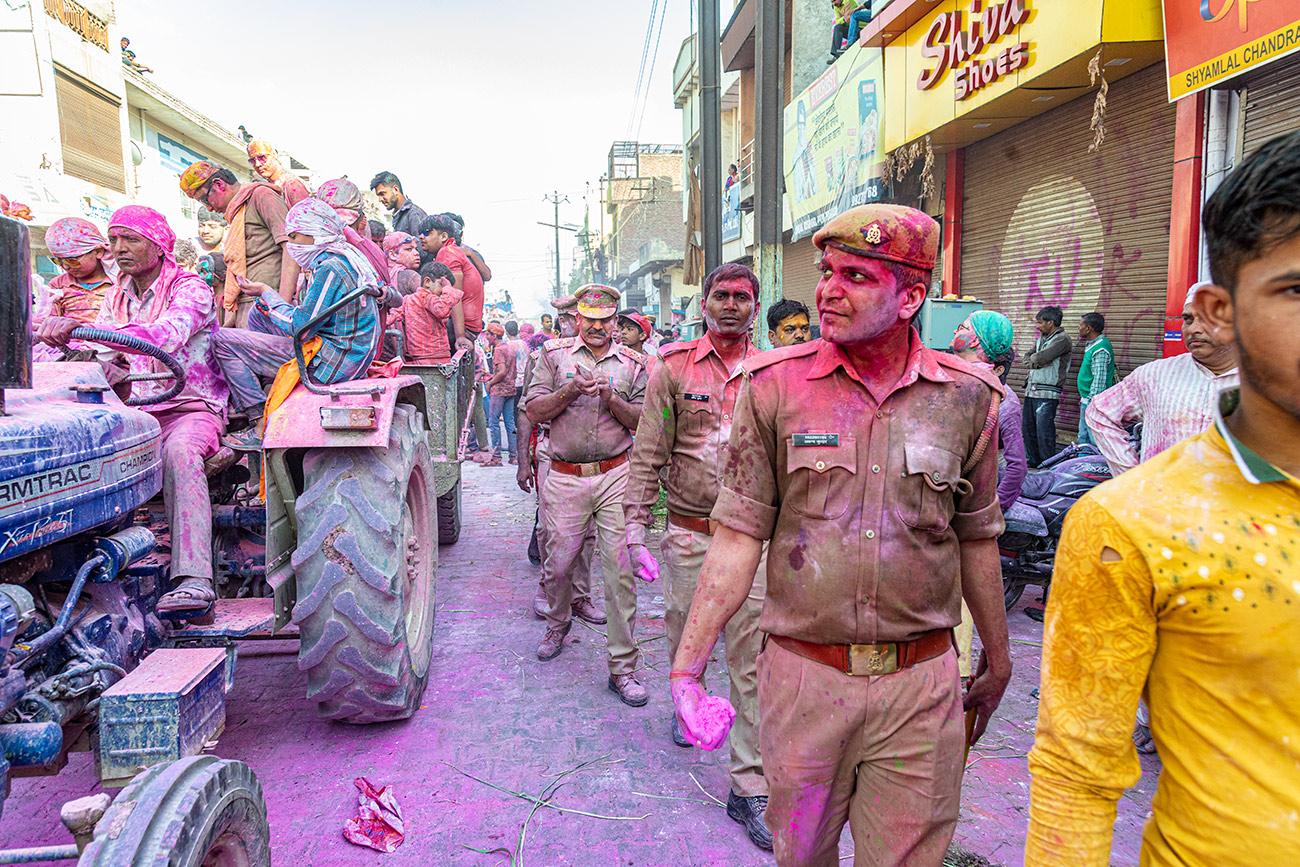 India_workshop_2019_holi_festival_219