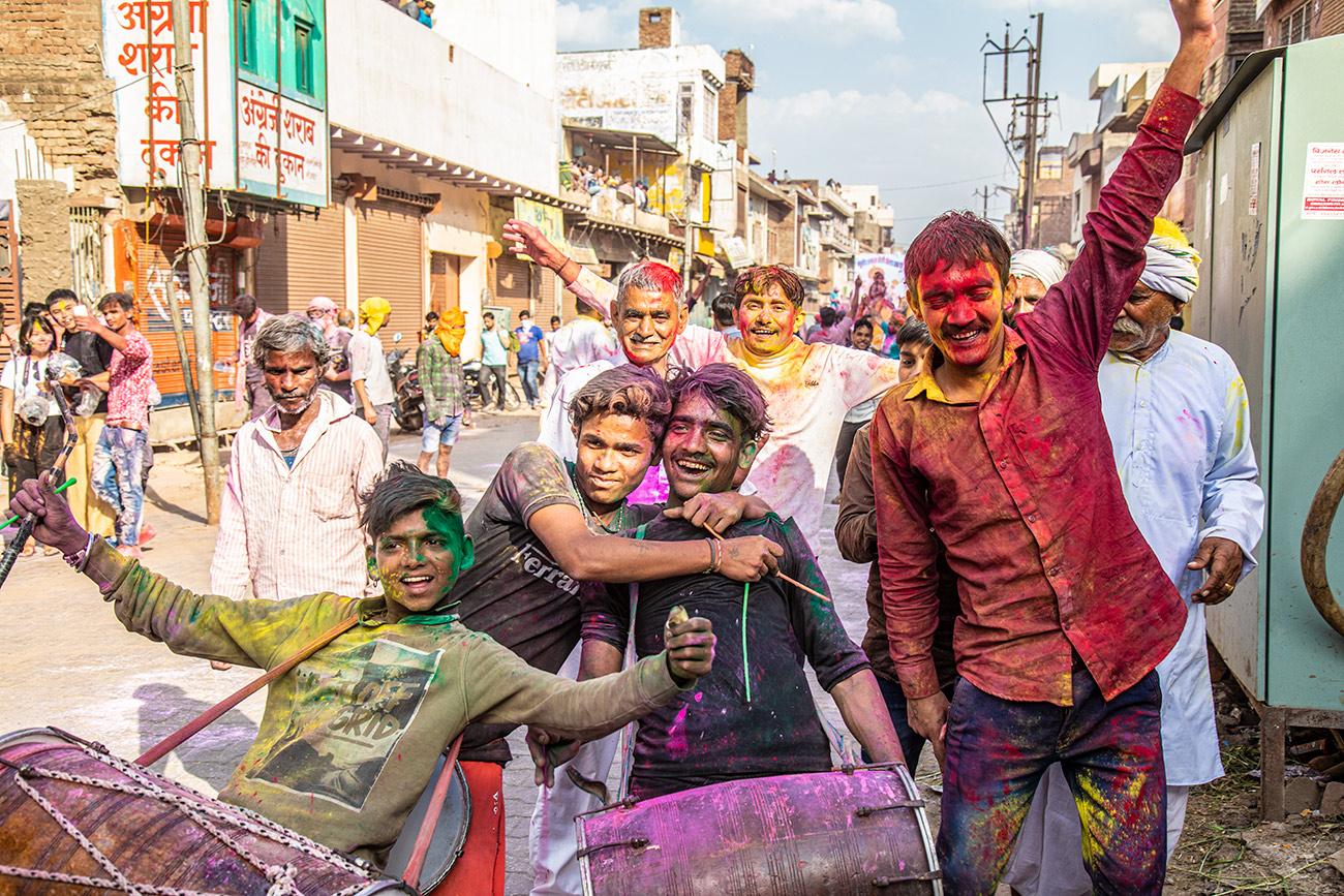 India_workshop_2019_holi_festival_223