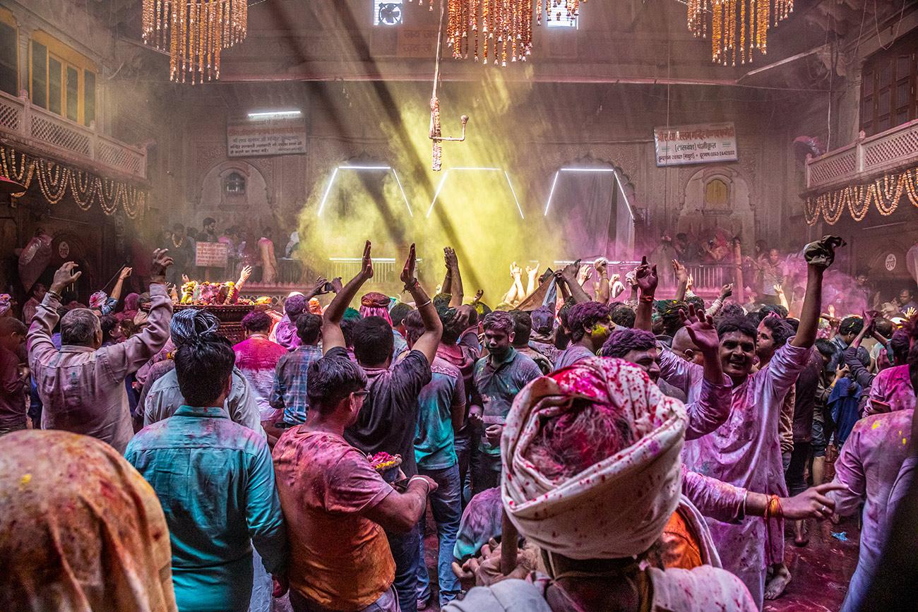 India_workshop_2019_holi_festival_225