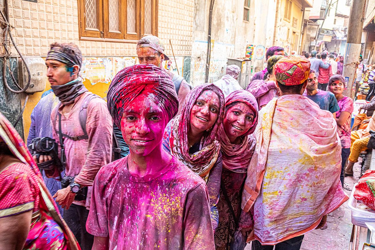 India_workshop_2019_holi_festival_236
