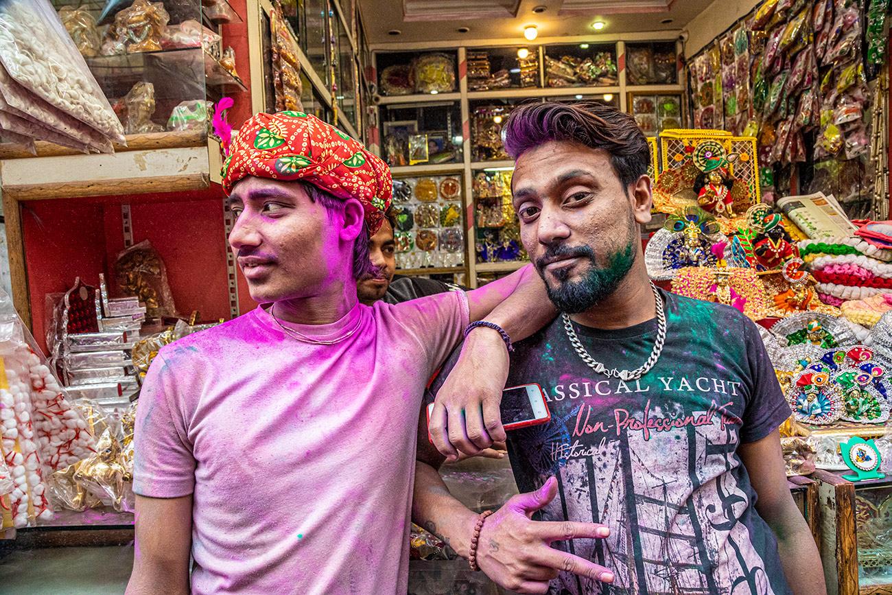 India_workshop_2019_holi_festival_239