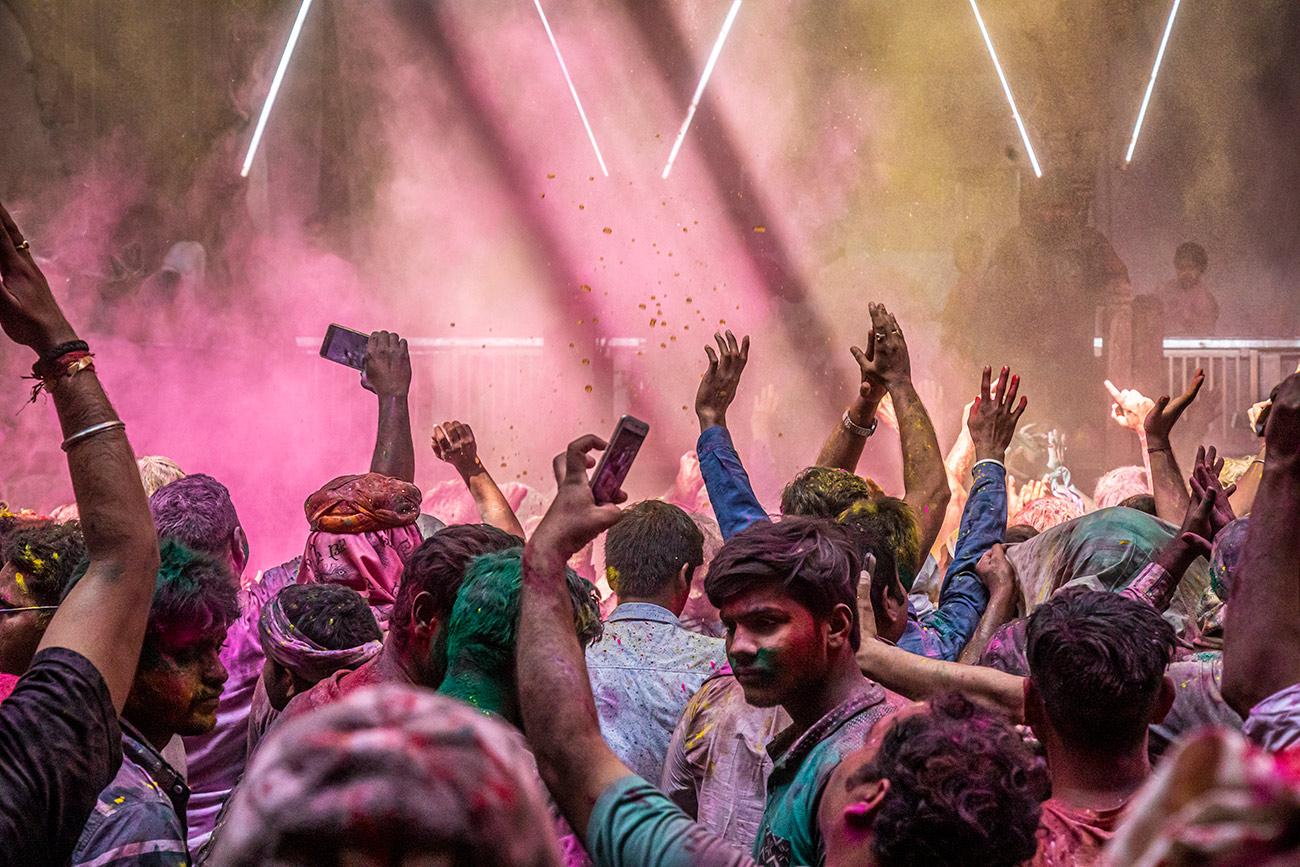 India_workshop_2019_holi_festival_254