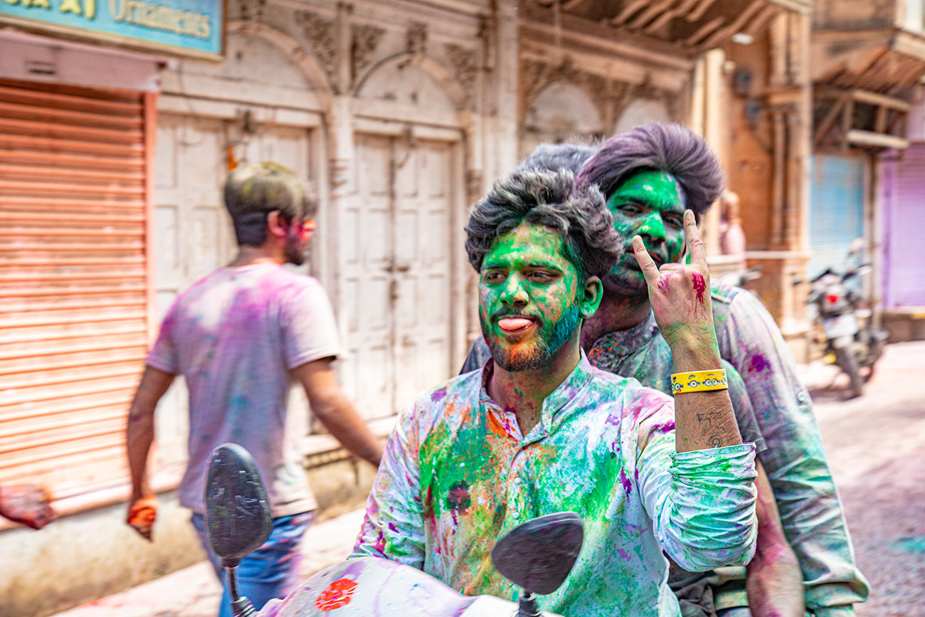 India_workshop_2019_holi_festival_277