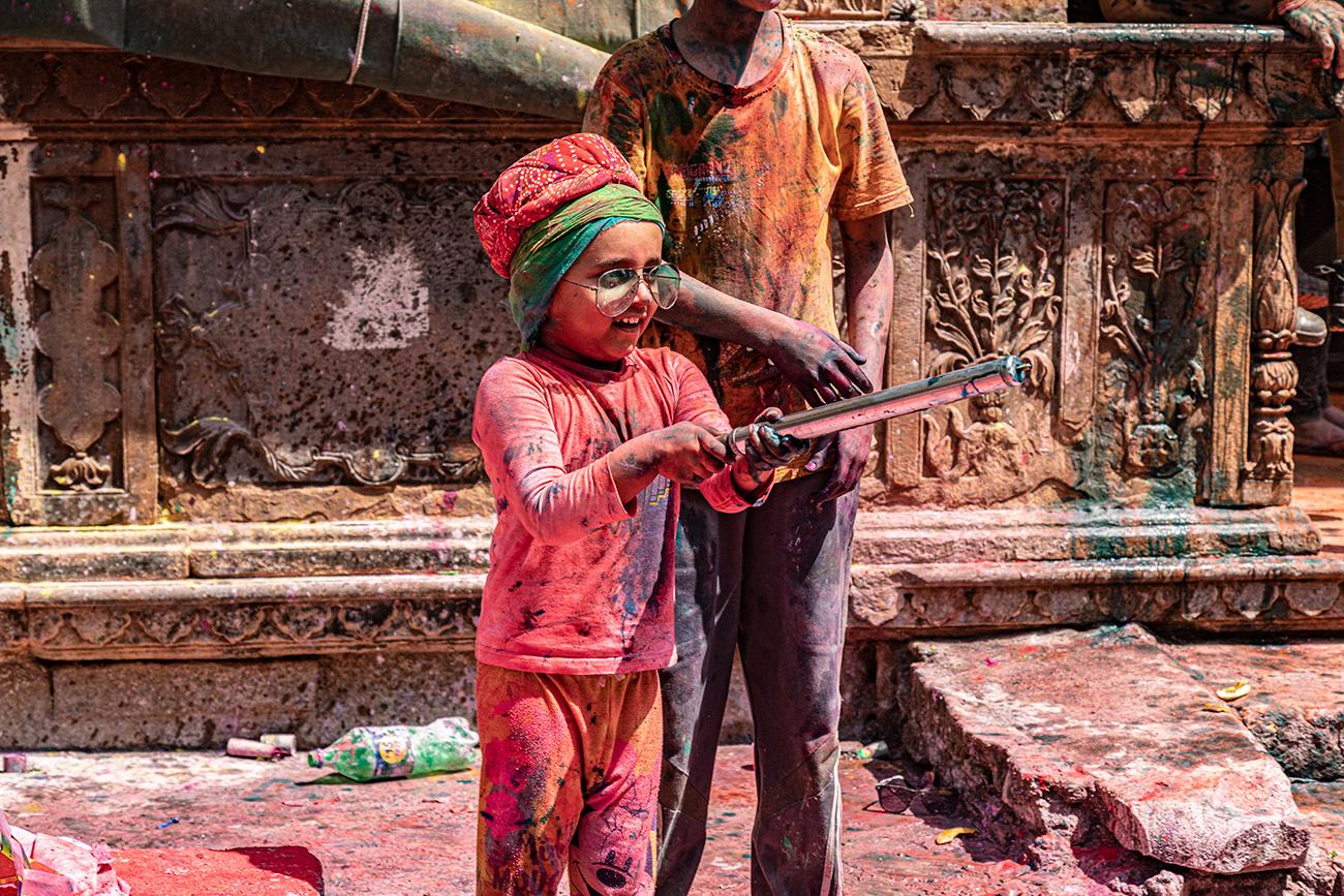 India_workshop_2019_holi_festival_281