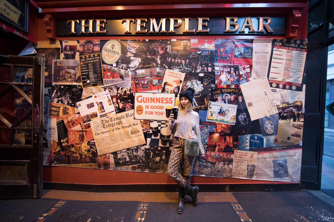 ann_ireland_temple_bar