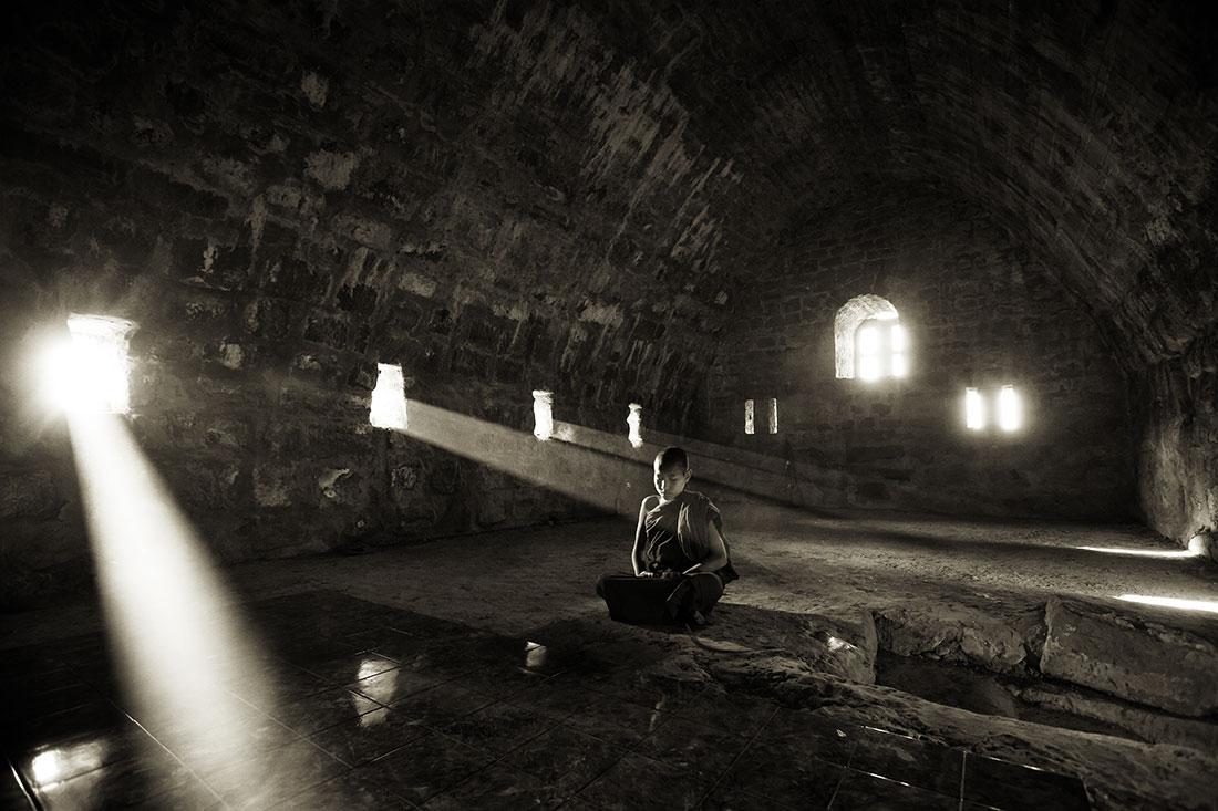 Mrauk, Burma