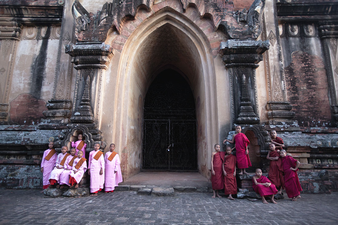 The little nuns with their little monk buddies
