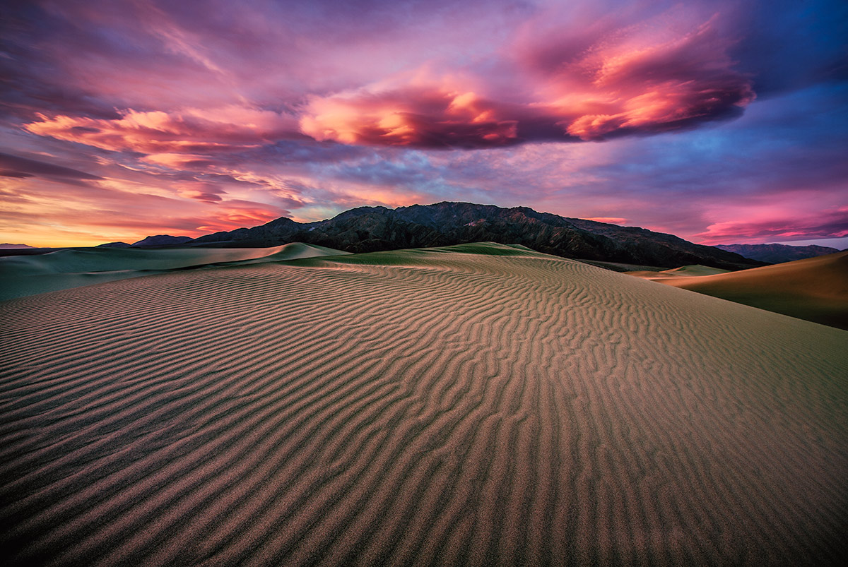 The amazing Mesquite sand Dunes of Death Valley