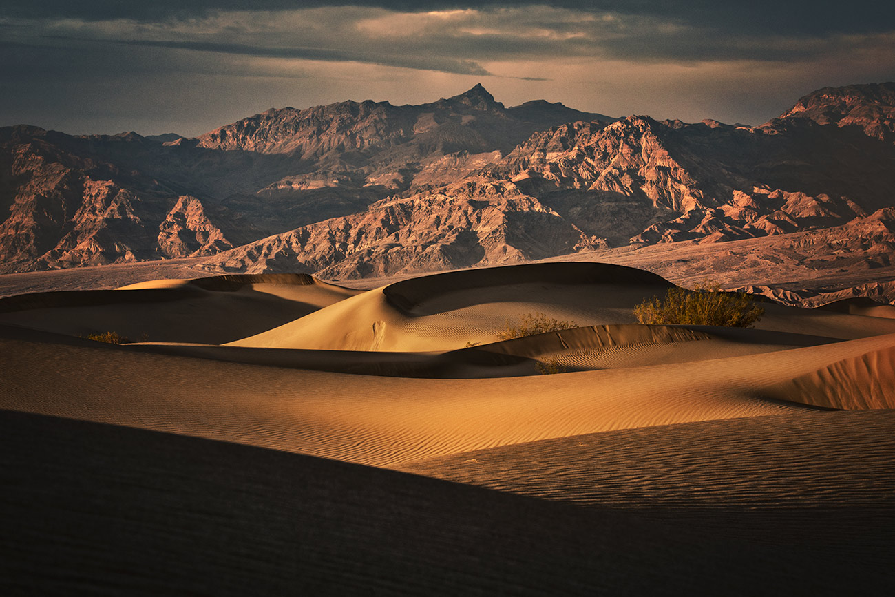 Sunset on the Mesquite sand dunes